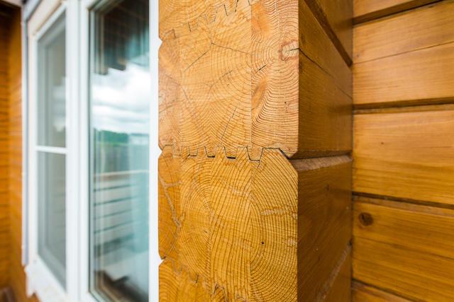 Обработка деревянного дома из бруса после строительства - фото 4